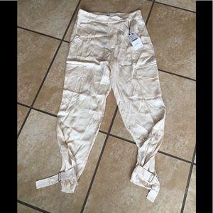 Zara NWT cream colored pants